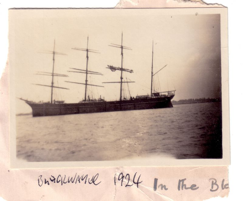 Barque in the River Blackwater. Thought to be GARTHPOOL ex JUTEOPOLIS which was laid up 1922-24 and is reported in Tollesbury book
