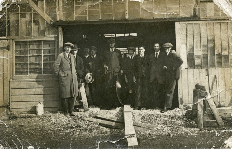 Clifford White's sawmill in Barfield Road.