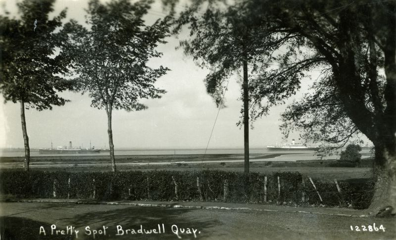 A Pretty Spot, Bradwell Quay. Postcard 122864.