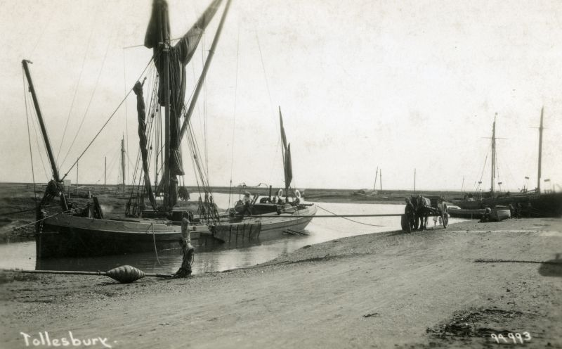 Sailing barge at Woodrope