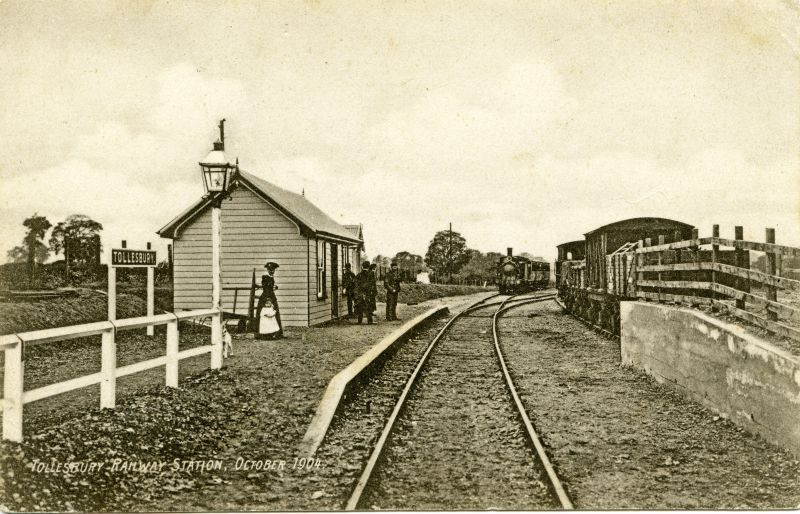 Tollesbury Pier Station. Postcard mailed 13 April 1905. 