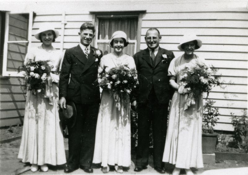 Wedding of Stanley Farthing and Gertrude French.