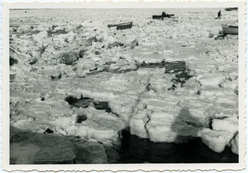 Winter 1947 - frozen creeks 