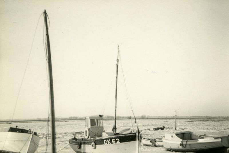 Icy creeks looking across to Feldy. CK62 EVELYN owned by Hector Stoker in centre and PEDRO on the right. Photo R.C. Pullen 
