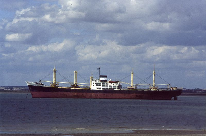 CAPTAIN JOHN laid up in the River Blackwater Date: 25 August 1985.