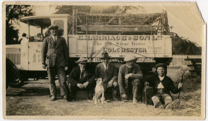 L-R ?, Arthur James Hoy, Tim Grandad's Dog, James Hoy Snr, J. Pudney.